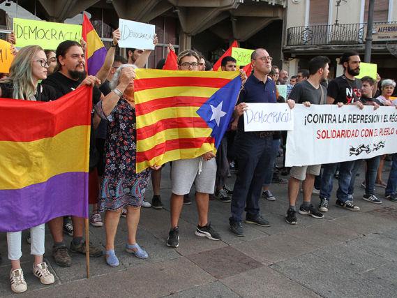 Imagini pentru represion en cataluña